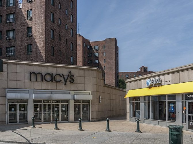 The first branch of Macy's.